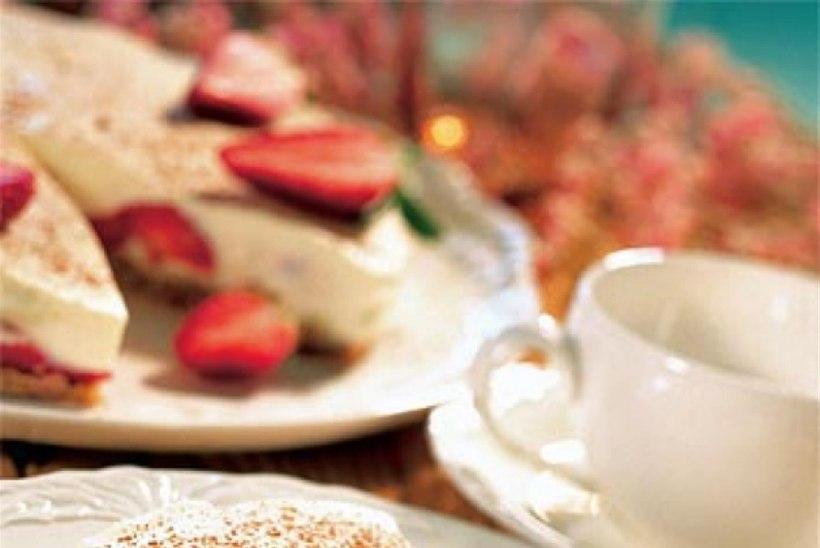 Maasika ja valge šokolaadi kook