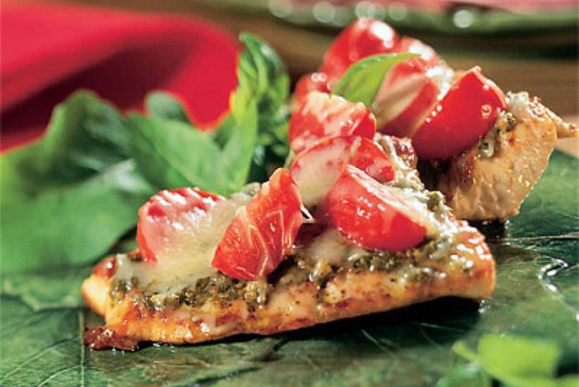 Kalkunifilee pesto ja tomatitega