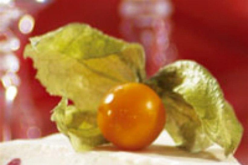 Valge shokolaadi-kirsi juustutort