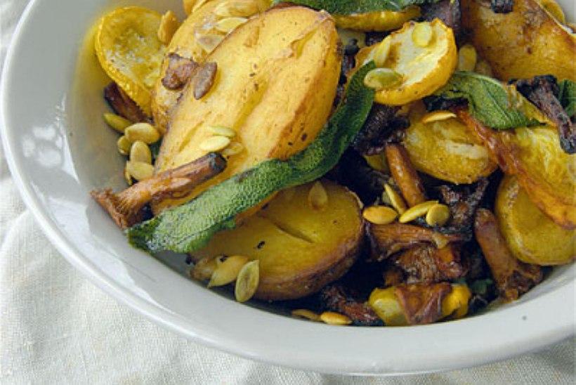 Ahjuroog suvikõrvitsa, kartuli ja kukeseentega