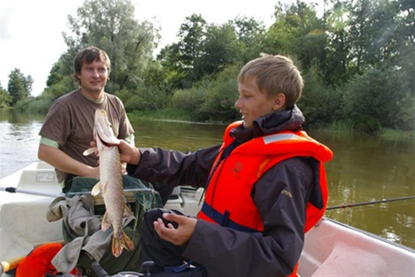 Isade ja poegade kevad-suvine kalastuslaager 2010