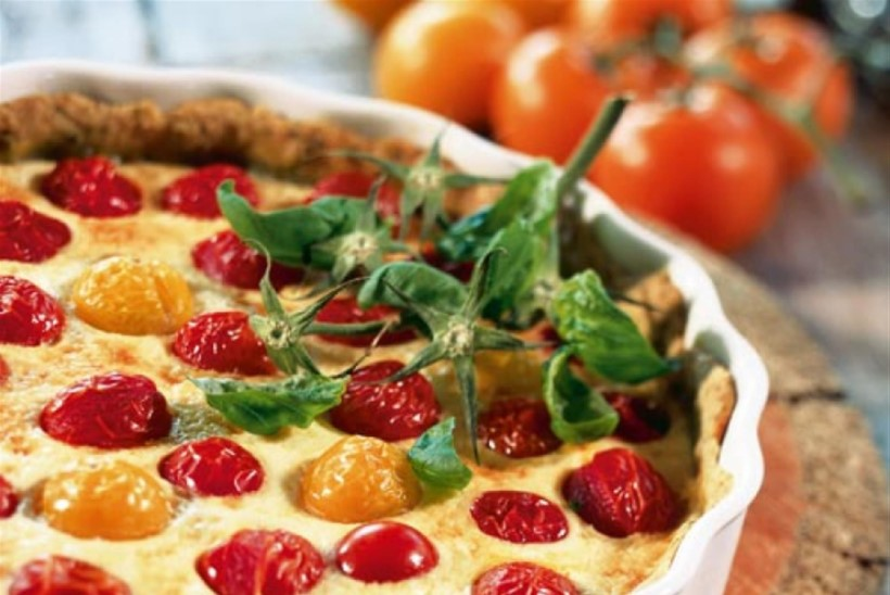 Basiilikulõhnaline tomatipirukas