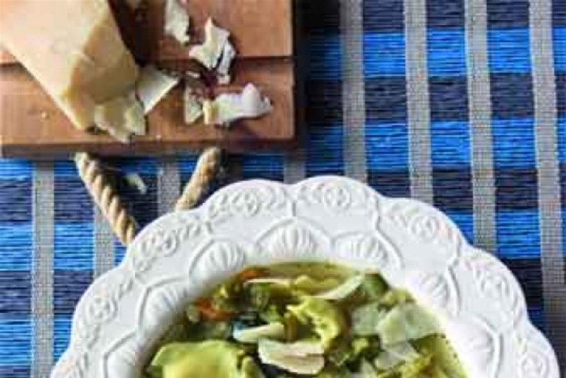 Tortellini-pastaga kalkunisupp