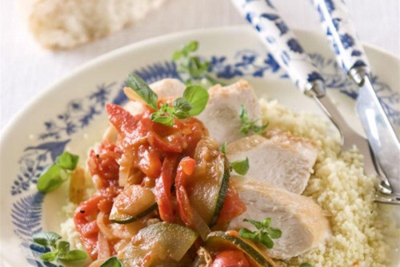 Kana panniroog köögiviljade ja fetajuustuga