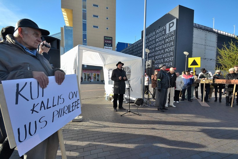 Helme kavatseb anda piirilepingu allkirjastajad kohtu alla