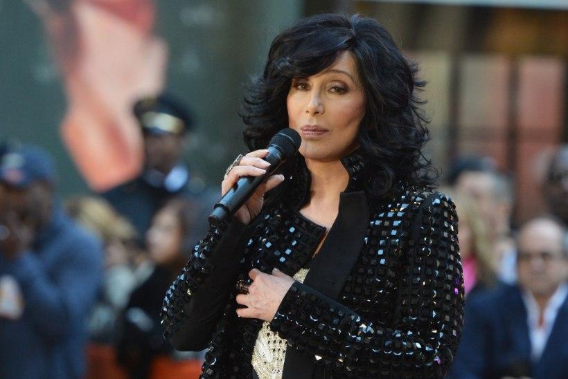Kuulsus jättis Cheri sõpradeta