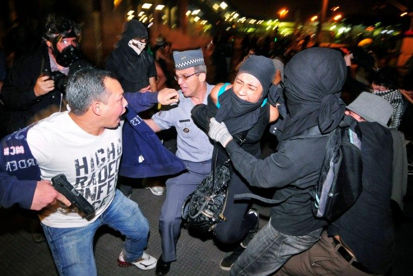 São Paulos korraldasid tasuta ühistranspordi pooldajad pogrommi