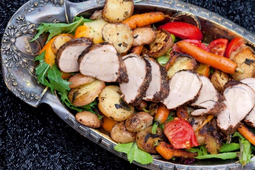Mardi salat Taivo suitsutatud lihaga