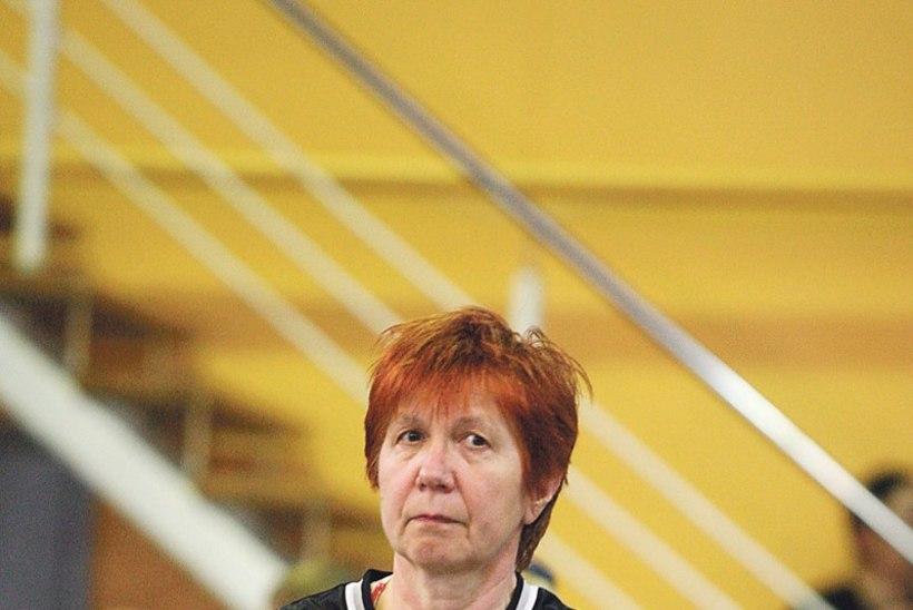 Eesti Suusaliidu büroojuht Sotšis vabatahtlik abiline