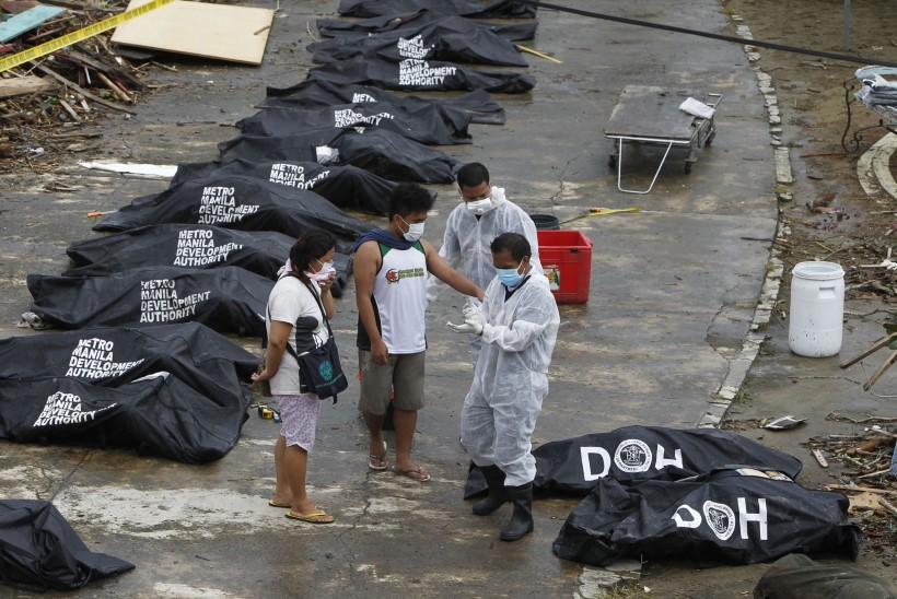 Taifuunist laastatud Filipiinidel käib võitlus ellujäämise eest