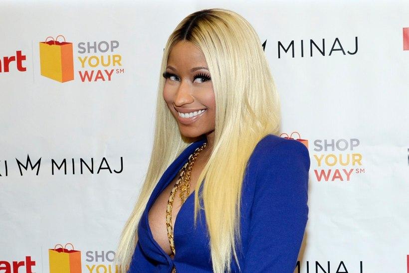 OO! Nicki Minaj pildistas Hello Kitty susse, kuid suured rinnad jäid ette