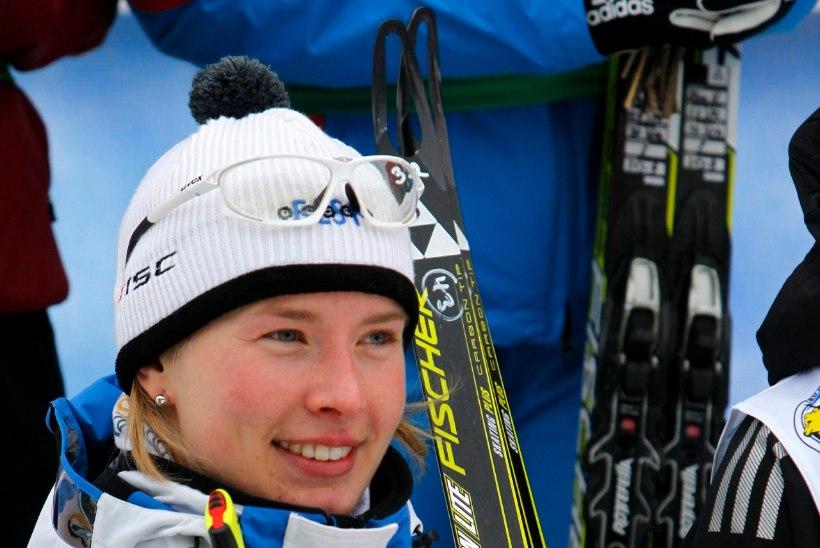 VÄGEV! Kadri Lehtla ja Grete Gaim tegi Rootsis elu sõidu!