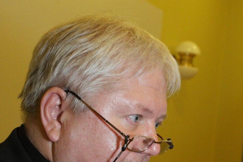 Rein Lang uurib Kaarel Tarandi konkursita töölevõtmist
