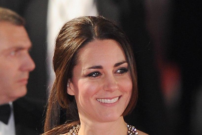 VIDEO: hertsoginna Catherine'i 25eurone kaelaehe tekitas ostubuumi