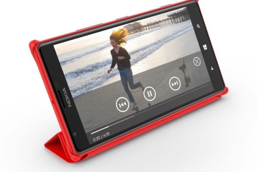 Eestisse jõudis müügile 6 tollise ekraaniga Nokia Lumia 1520, hind 750 eurot