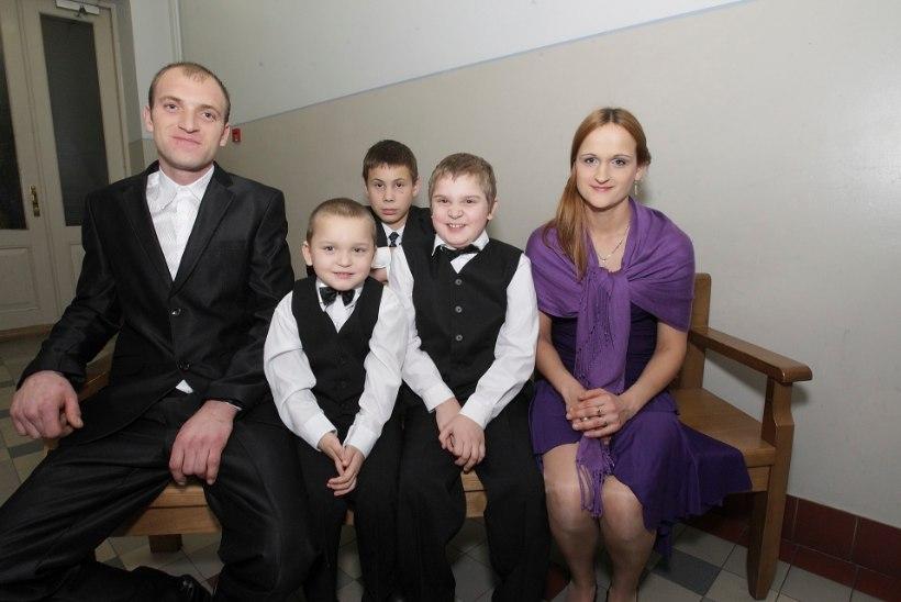 Valgamaa pere päästis kurva saatusega poisi lastekodust