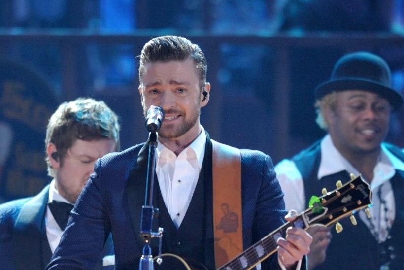 VIDEO: Justin Timberlake katkestas abieluettepanekuks kontserdi