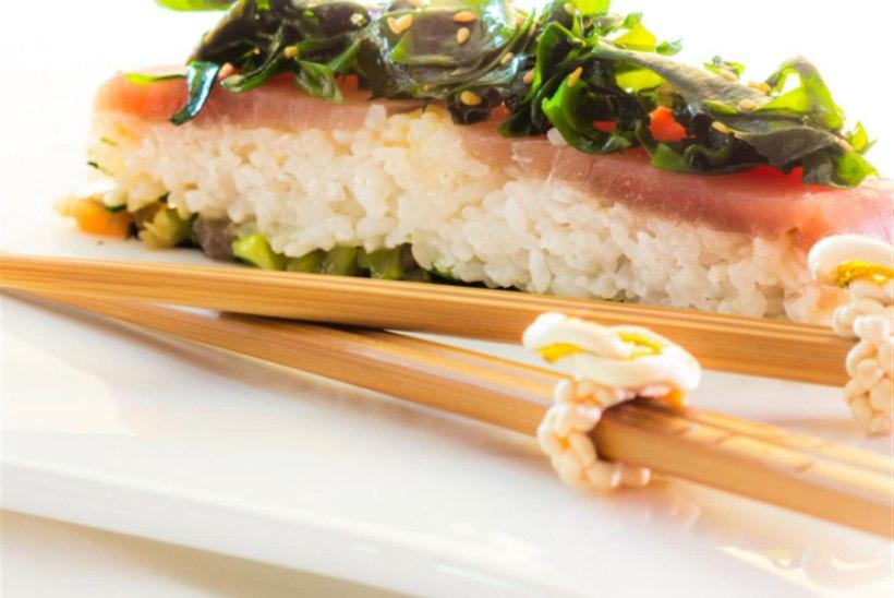 Tuunikalaga sushi