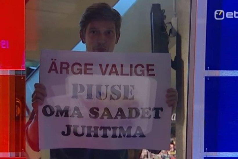 """Näitleja Henrik Kalmet avaldas """"Ringvaate"""" stuudio seina taga loosungeid"""