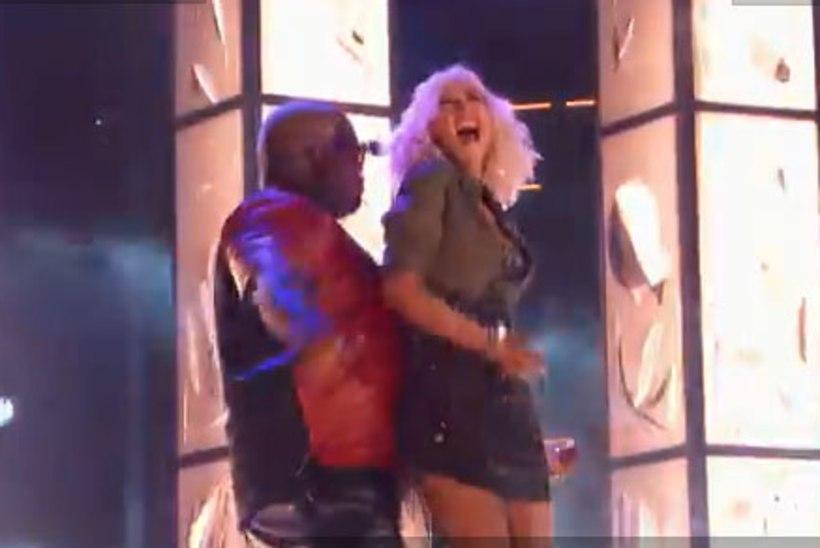 TA ON TAGASI! Piitspeenike Christina Aguilera andis võimsa šõu