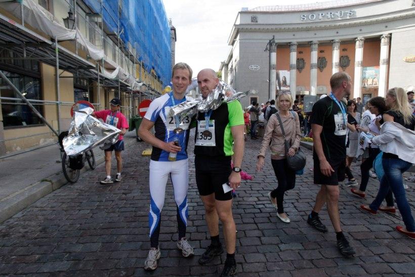 VIDEO: Tallinna maratonil jäi uuest Guinnessi rekordist puudu vähem kui minut