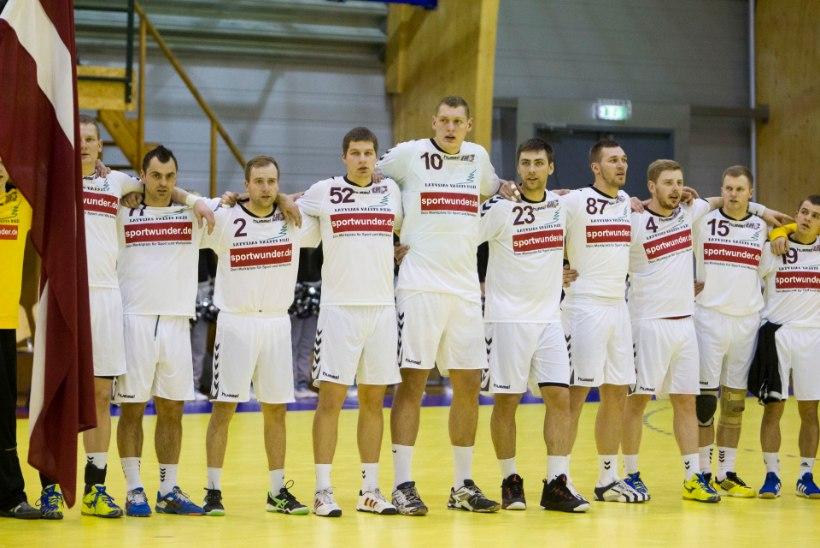 FOTOD: Imetle 212 cm pikkust Läti käsipallikoljatit!