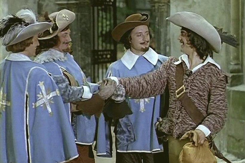 """Bojarski uue """"Kolme musketäri"""" režissöörile: """"Serjoga, ära filmi! Lase mul lõpuni särada…"""""""