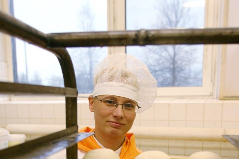 Pankrotistunud Tartu leivakombinaadi töötajad võivad kergendatult ohata: omanik lubab tootmise taaskäivitada