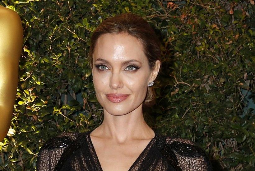 Angelinast saab Nigella?