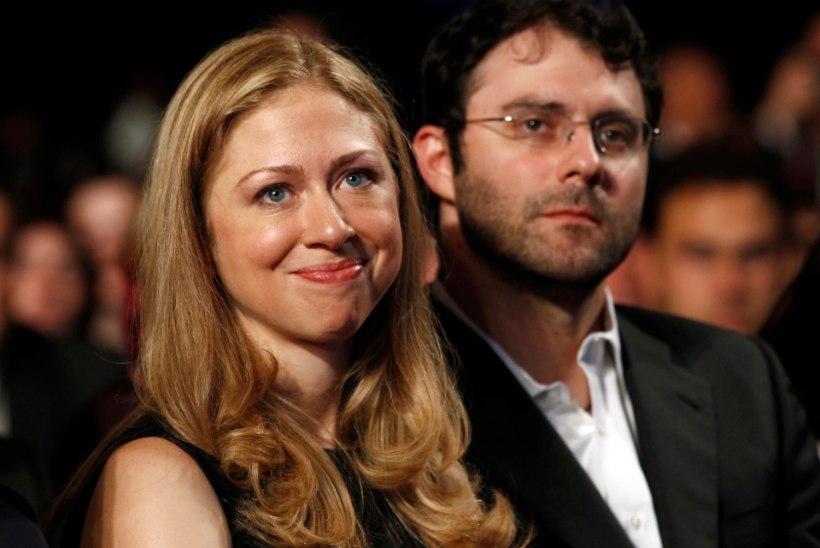 SÜDAMLIKUD KAADRID: Bill ja Hillary Clinton said vanavanemateks