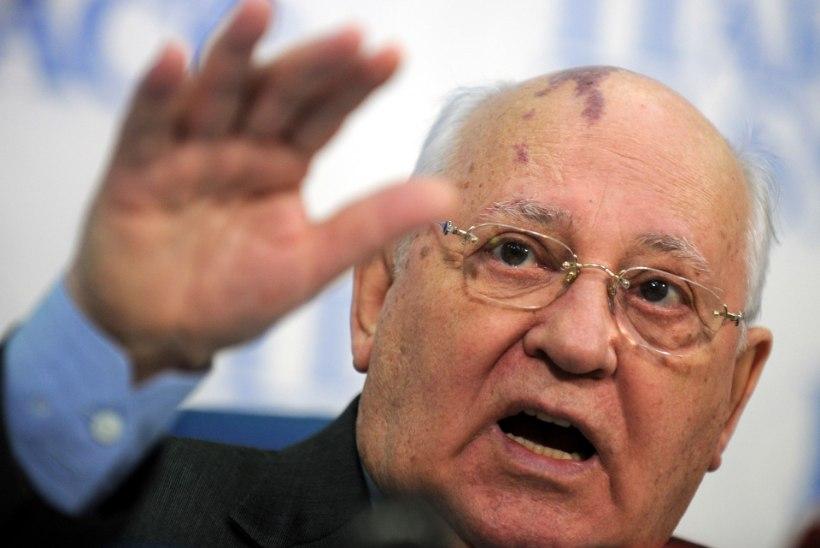 Nõukogude Liidu viimane liider Gorbatšov viidi haiglasse