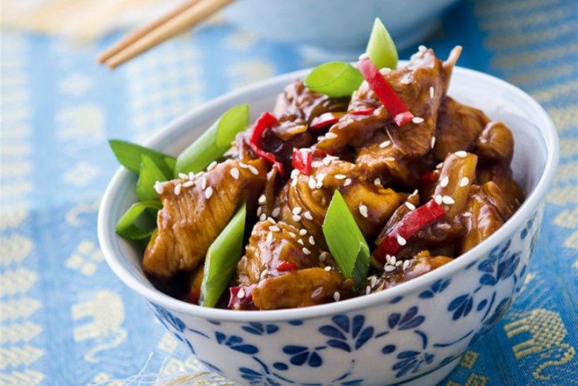 Vietnami kana ingveri ja rohelise sibulaga