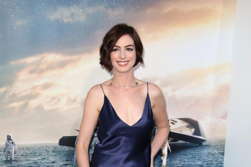 Ebola-paanikas Anne Hathaway keeldus terekäest