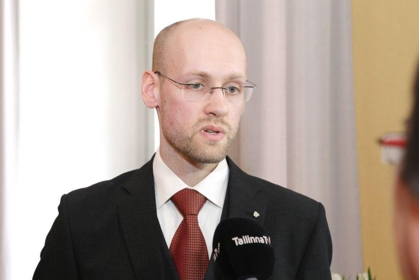 Vooglaid seostab USA sõjalist abi Eestile homoõigustega