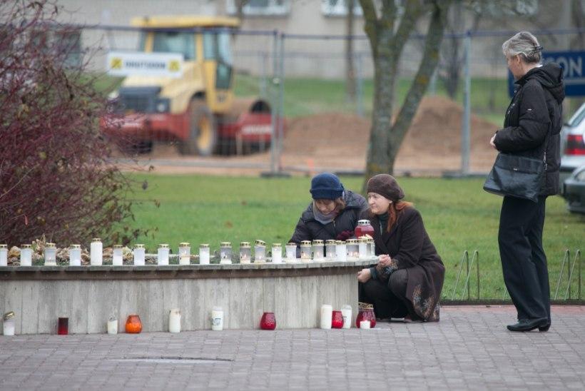 FOTOD: täna maeti Viljandi koolitulistamises hukkunud õpetaja Ene Sarap
