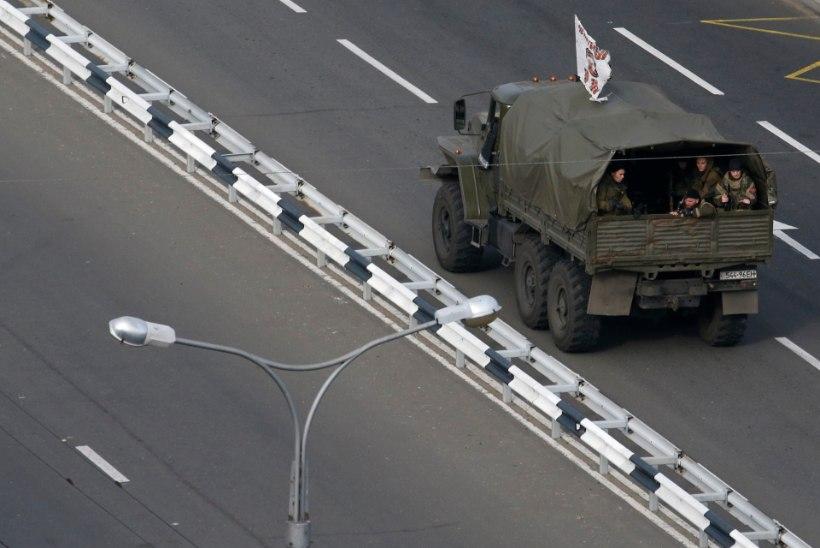 Moskva eitab Ukrainas sõjalise kohaloleku suurendamist