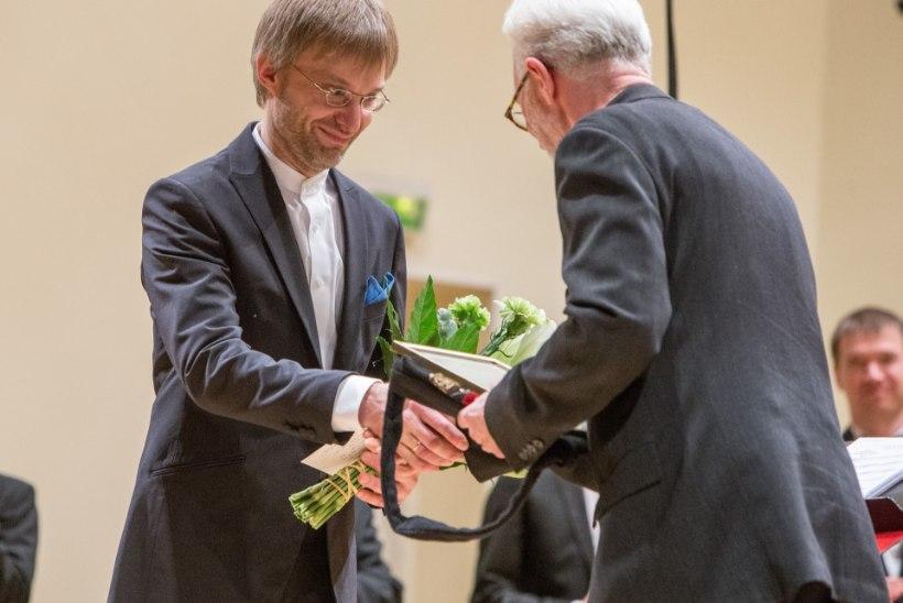 FOTOD: Ernesaksa peastipendiumi sai dirigent Raul Talmar