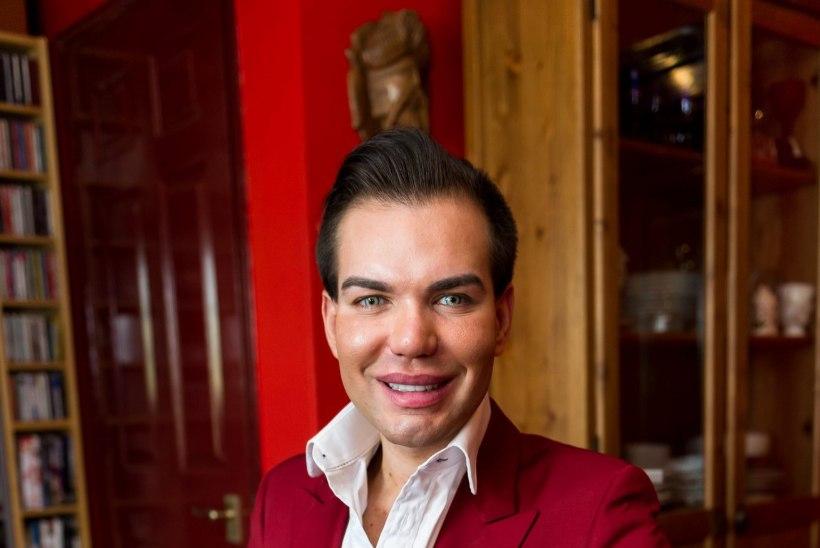 Naised, kes te unistate Barbie Keni taolisest mehest! Siin ta on...
