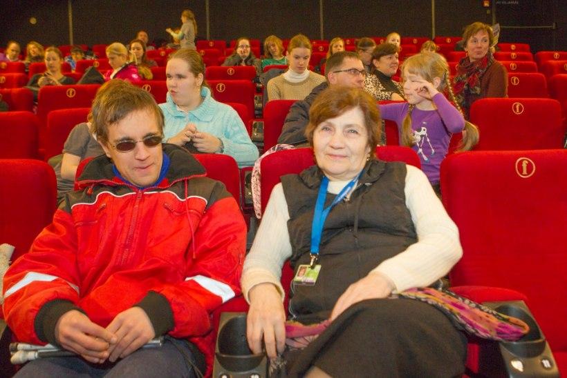 Uutmoodi filmielamus: suletud silmadega tekib filmist ilusam ettekujutus