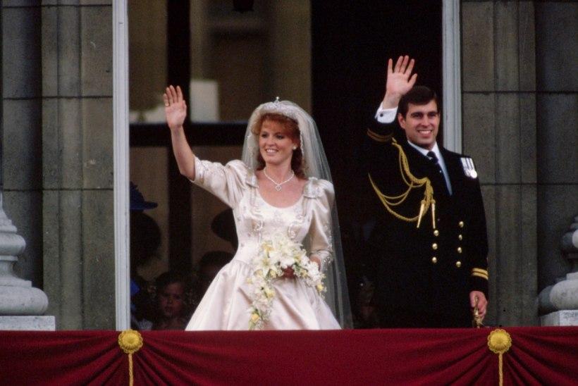 Briti prints Andrew ja tema skandaalne ekskaasa Fergie abielluvad uuesti?!