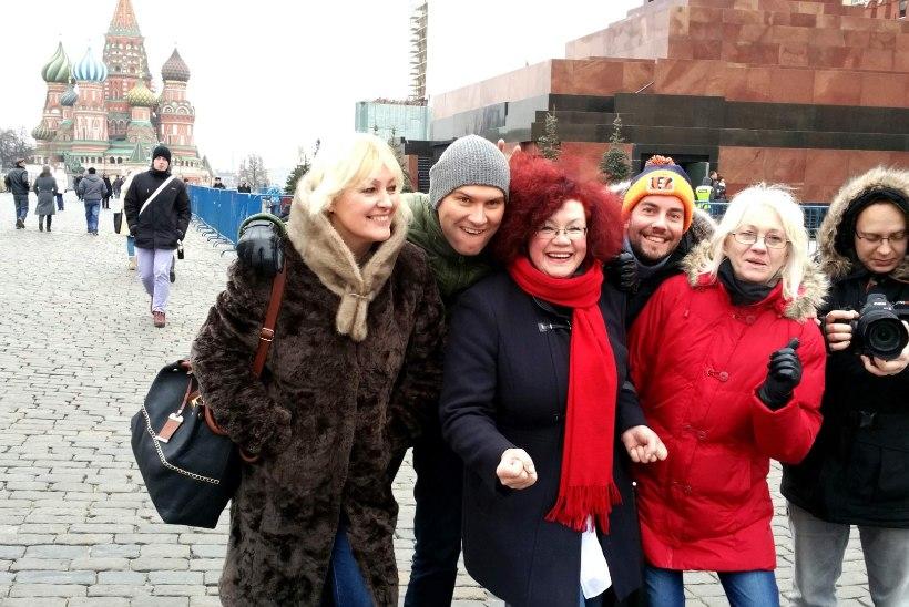 NOSTALGILINE KONTSERT MOSKVAS: Koit Toome tõi publikule pisarad silma ja Anne Veski ajas rahva pöördesse