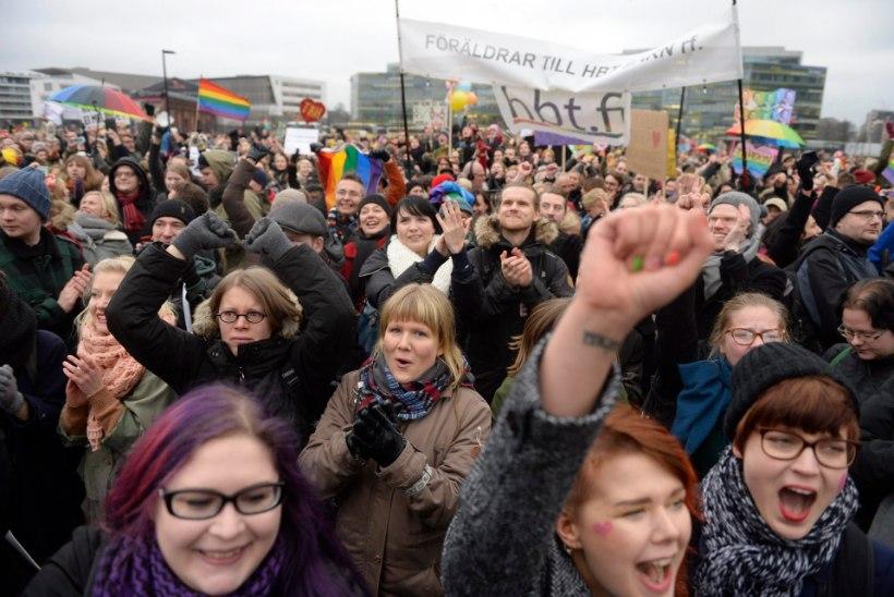 Samasoolised võivad peatselt abielluda ka Soomes