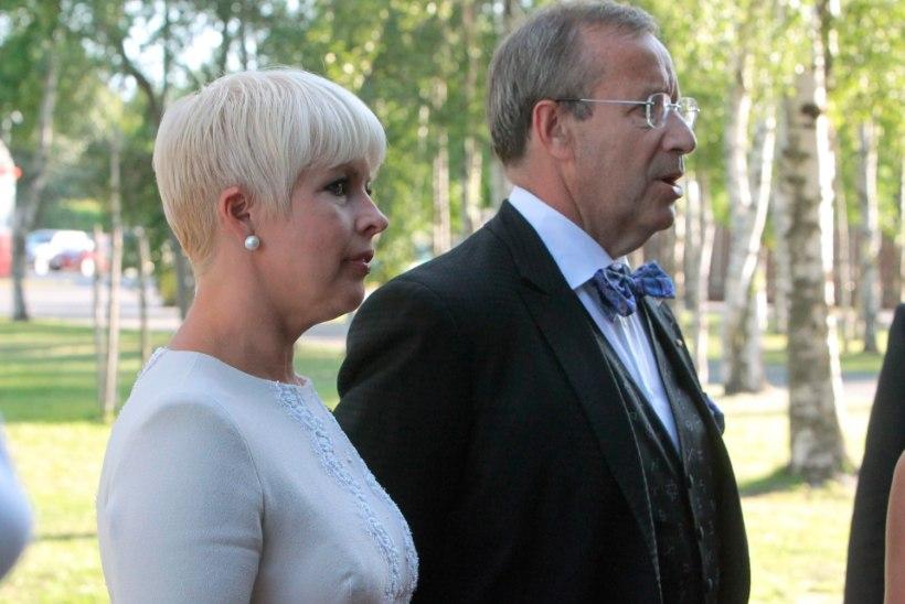 New York Observer: Eesti president kaotas lahingu oma magamistoas