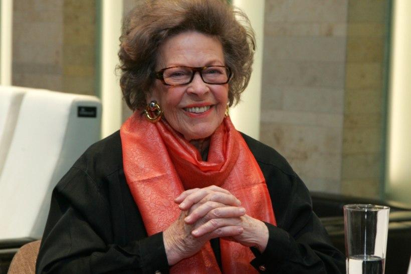 Ela Tomson: Minu mälestustesse jääb Käbi Laretei tõelise daamina