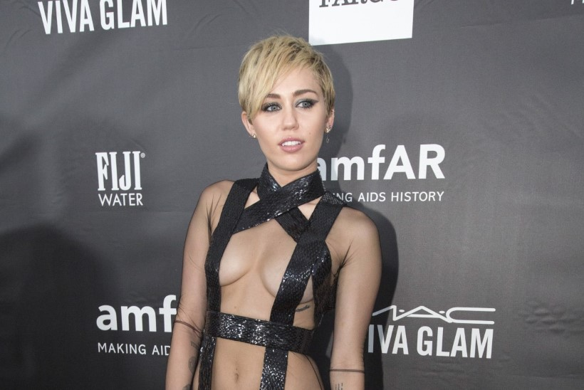 Miley semmib Schwarzeneggeri pojaga?