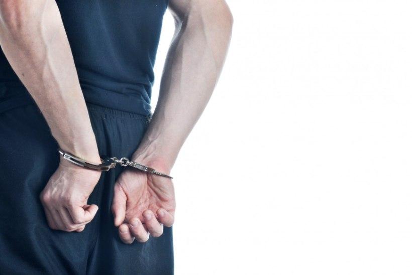 Seaduseelnõu muudab läbiotsimise ja vahistamise korda
