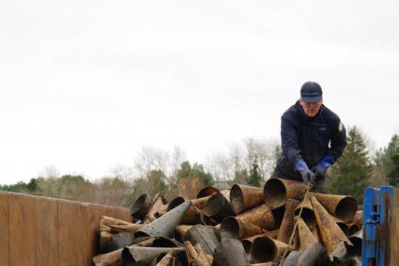 Narva jõest eemaldati taas mitu tuhat silmutorbikut