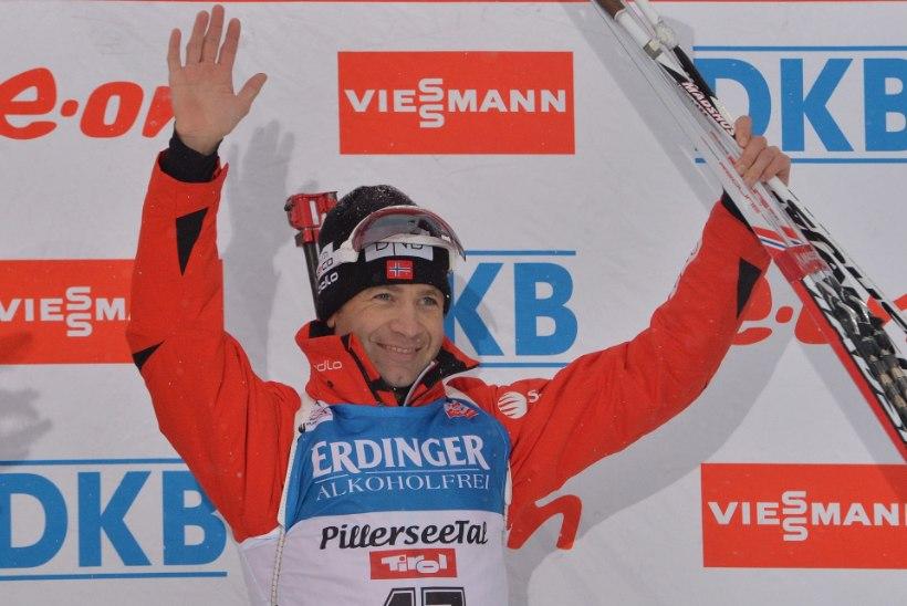 Laskesuusalegend Björndalen sai omapärase auhinna
