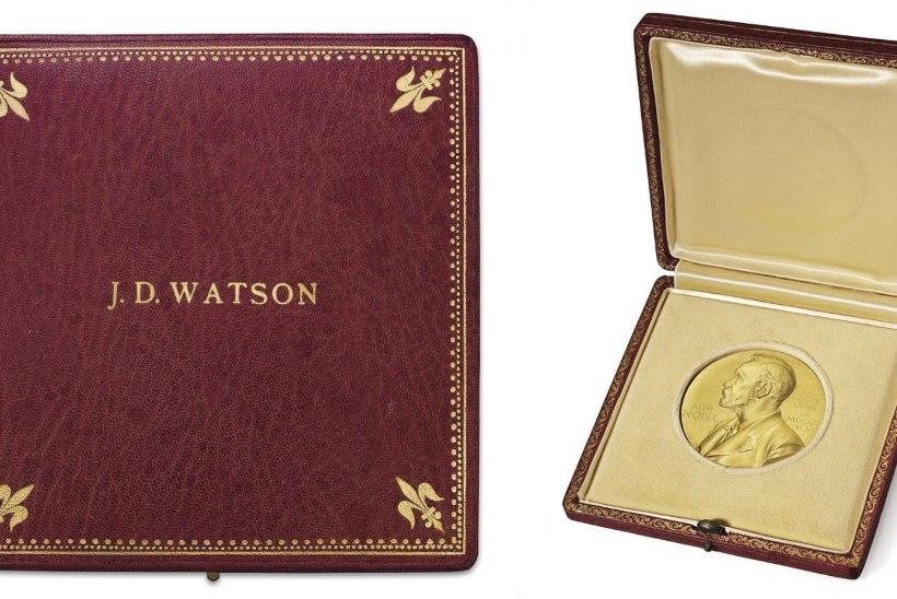 Nobelist saab oksjonil müüdud medali tagasi
