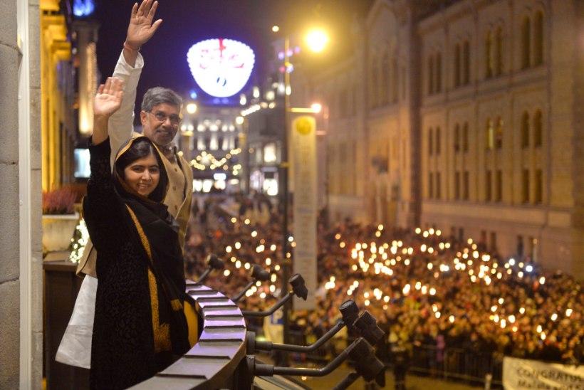 """REPORTERI"" VIDEO: Oslo raekojas anti üle Nobeli rahupreemia"